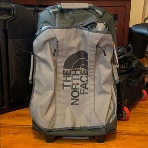 """NWT the North Face tolling thunder 22"""""""